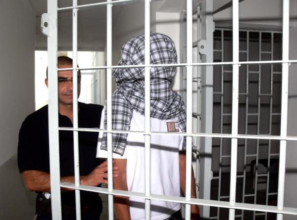 policiales padrastro detenido bebé